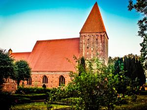 Kirche Lancken Granitz – kirchlich heiraten auf Rügen an der Ostsee