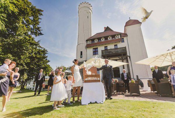 Hochzeit planen im Schloss Ranzow in Lohme auf Rügen im Norden von Deutschland