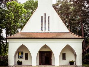 Dorfkirche Baabe – kirchlich heiraten auf Rügen an der Ostsee