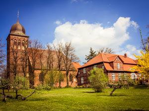 Jacob Kirche Gingst – kirchlich heiraten auf Rügen an der Ostsee
