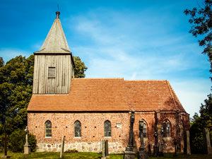 Kirche Groß Zicker – kirchlich heiraten auf Rügen an der Ostsee