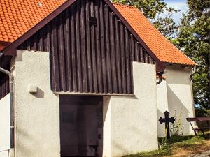 Kloster Kirche Hiddensee – kirchlich heiraten auf Rügen an der Ostsee