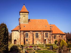 Kirche Middelhagen – kirchlich heiraten auf Rügen an der Ostsee