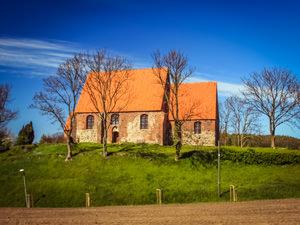 Kirche Neuenkirchen – Kirchlich heiraten auf Rügen an der Ostsee