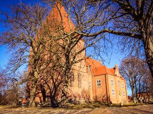 Kirche Sagard – kirchlich heiraten auf Rügen an der Ostsee