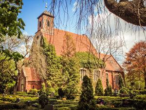 Kirche Samtens – kirchlich heiraten auf Rügen an der Ostsee