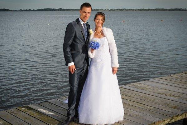 Heiraten am Meer – Brautpaar auf der Insel Rügen an der Ostsee
