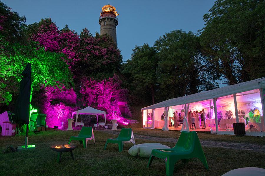 Hochzeitsfeier im Leuchtturmwaertergarten auf Kap Arkona
