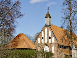 Waase Ummanz Kirche Ruegen | Hochzeitsportal Rügen