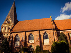 Poseritz Kirche an der Ostsee | Hochzeitsportal Rügen
