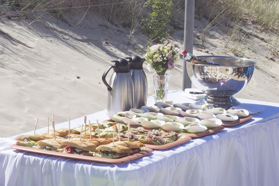 picknick-zur-hochzeit-am-strand-goehren-auf-ruegen
