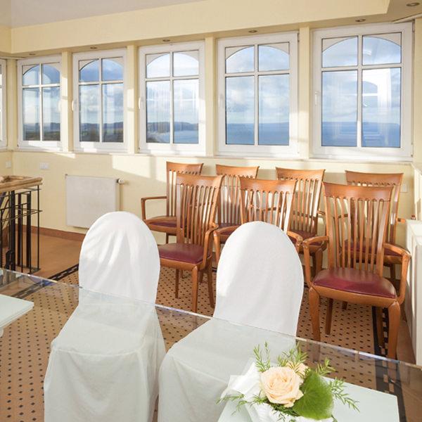 trauung im turmzimmer im hotel hanseatic auf ruegen   Hochzeitsportal Rügen